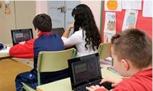 Protección de Datos propone que en los colegios se enseñe a los menores a controlar su privacidad en las redes sociales